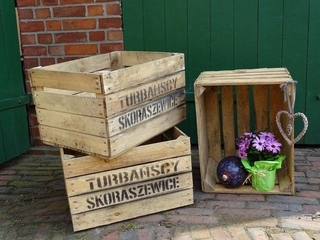 alte obstkisten aus holz pflanzkisten garten vintage deko old wooden fruit box for. Black Bedroom Furniture Sets. Home Design Ideas