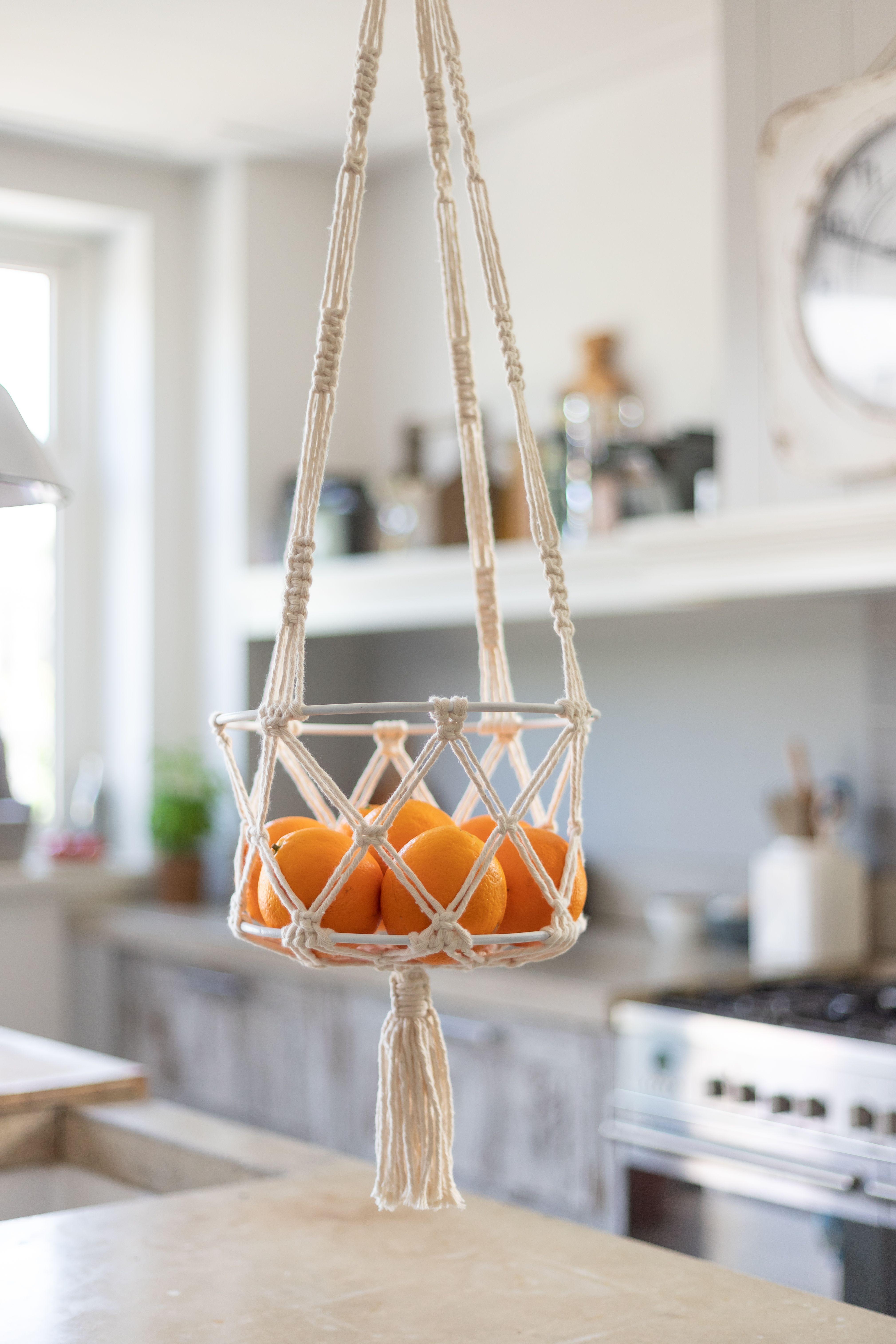 Diy Macrame Pattern Hanging Basket Capri In 2020 Macrame Plant