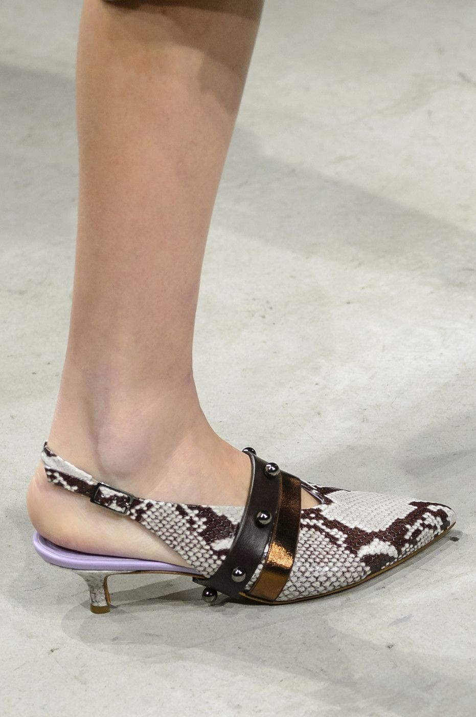 Cividini At Milan Fashion Week Spring 2018 Photo Livingly Com Kitten Heel Shoes Funky Shoes Designer Shoes