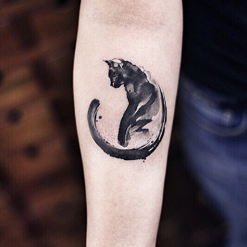This Chinese Tattoo Artist Creates Masterpieces That Look Like Watercolor Paintings In 2020 Cat Tattoo Designs Black Cat Tattoos Cute Cat Tattoo
