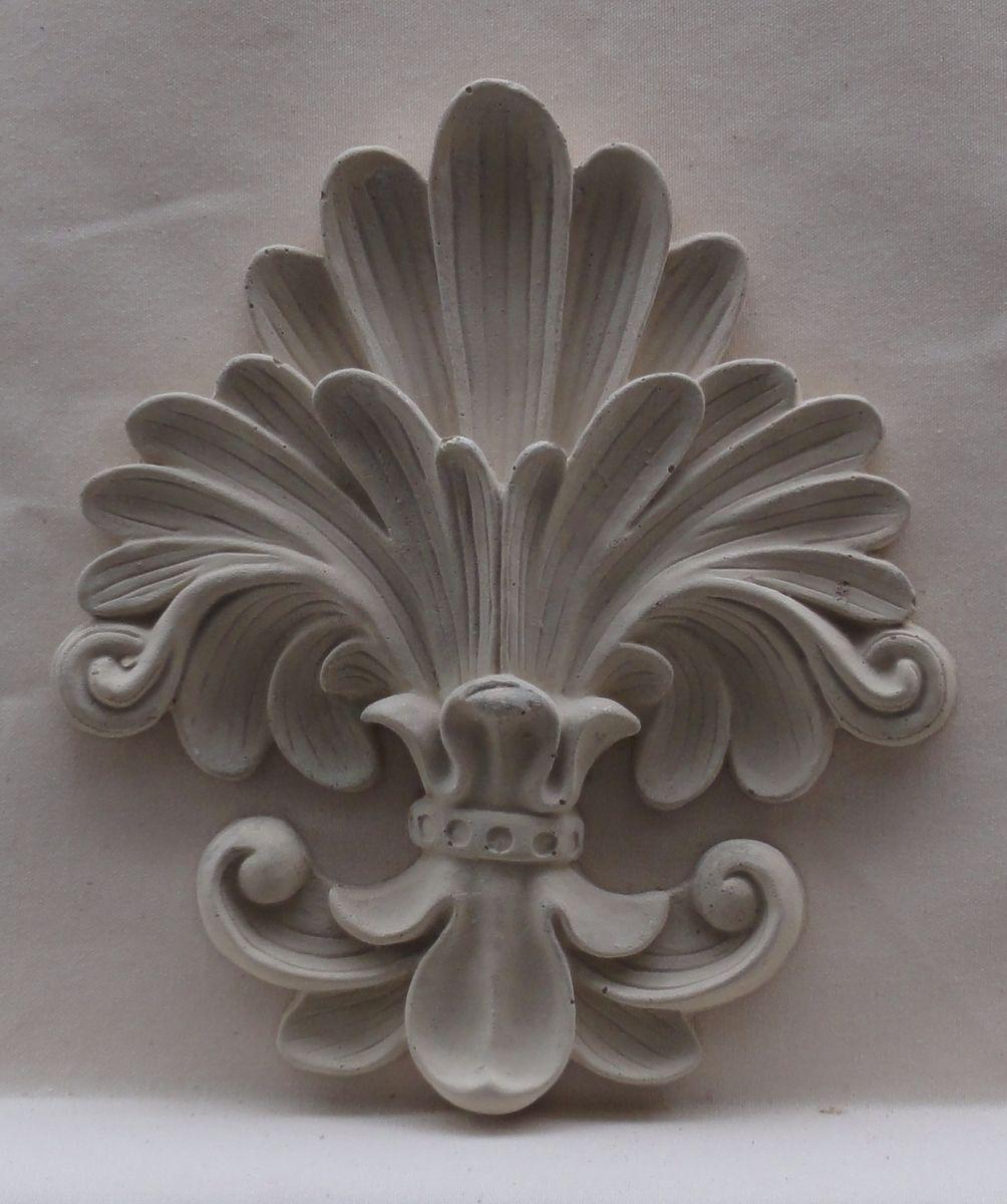 Custom made carved stone medallions stella stroy dv