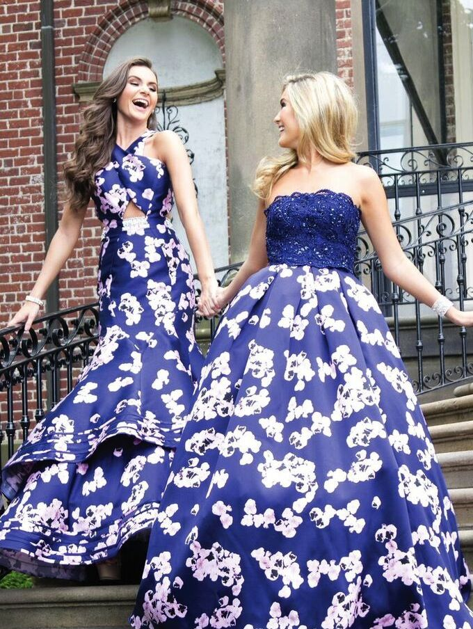 Match with your bff in blue | Beauty in Blue | Pinterest | Preppy ...