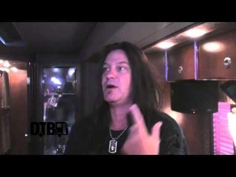 Megadeth - BUS INVADERS Ep. 488