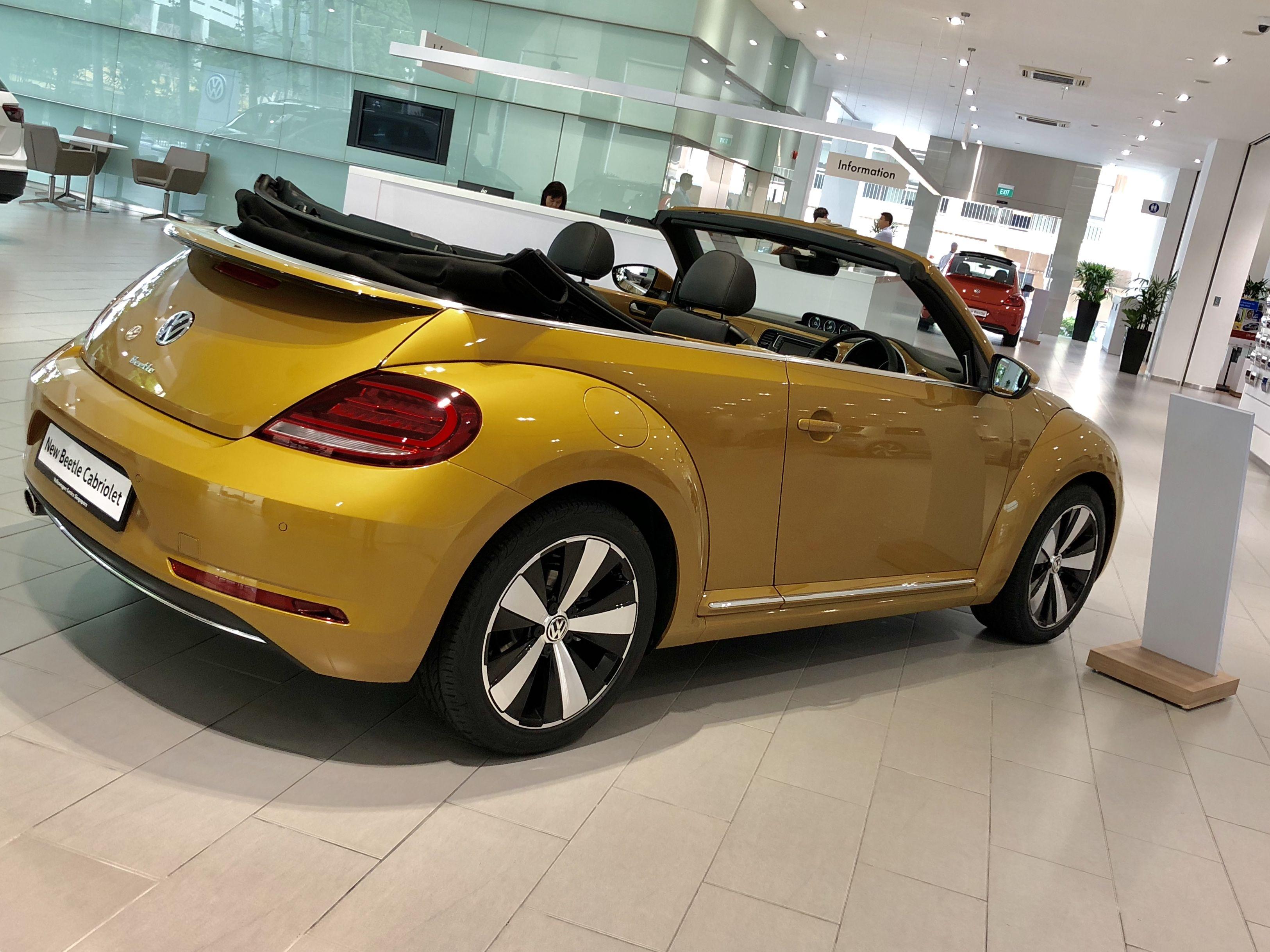2018 VW Beetle Cabriolet