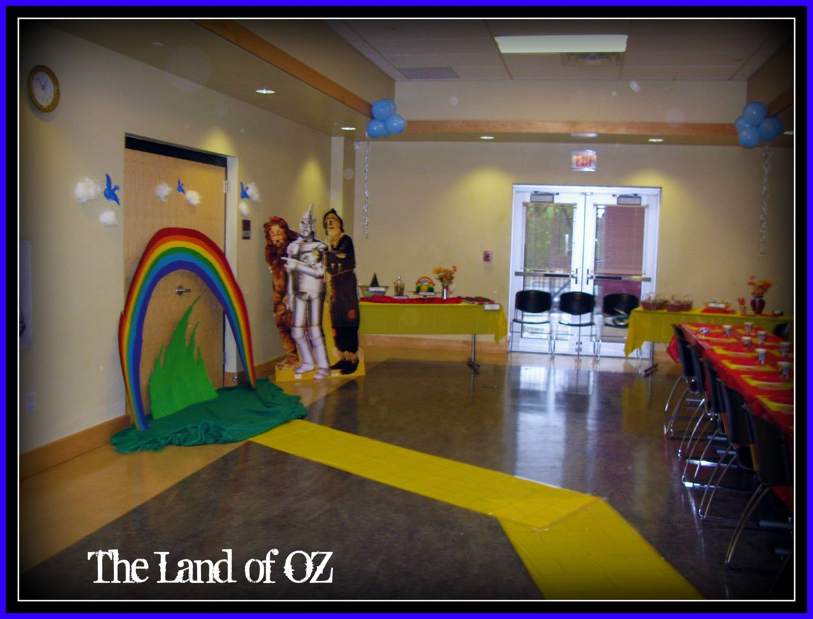 Wizard Of Oz Party Decorations The Wizard Of Oz Decorations Dorothy Must Die Pinterest