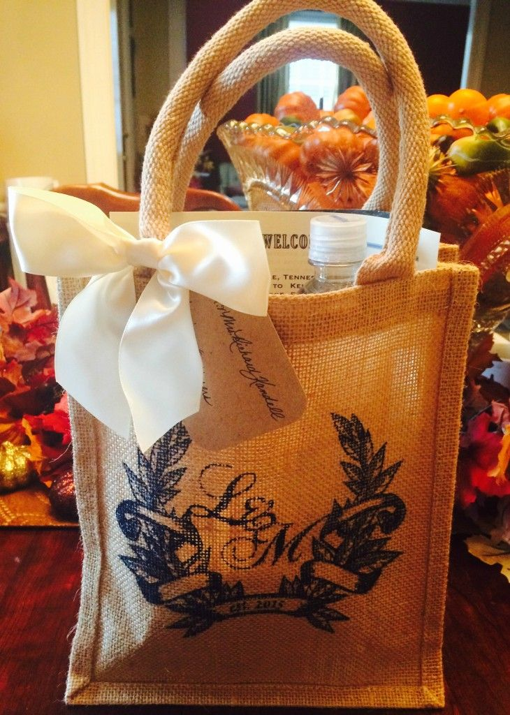 Hotel gift bags for out of town wedding guests! Read how to make ...