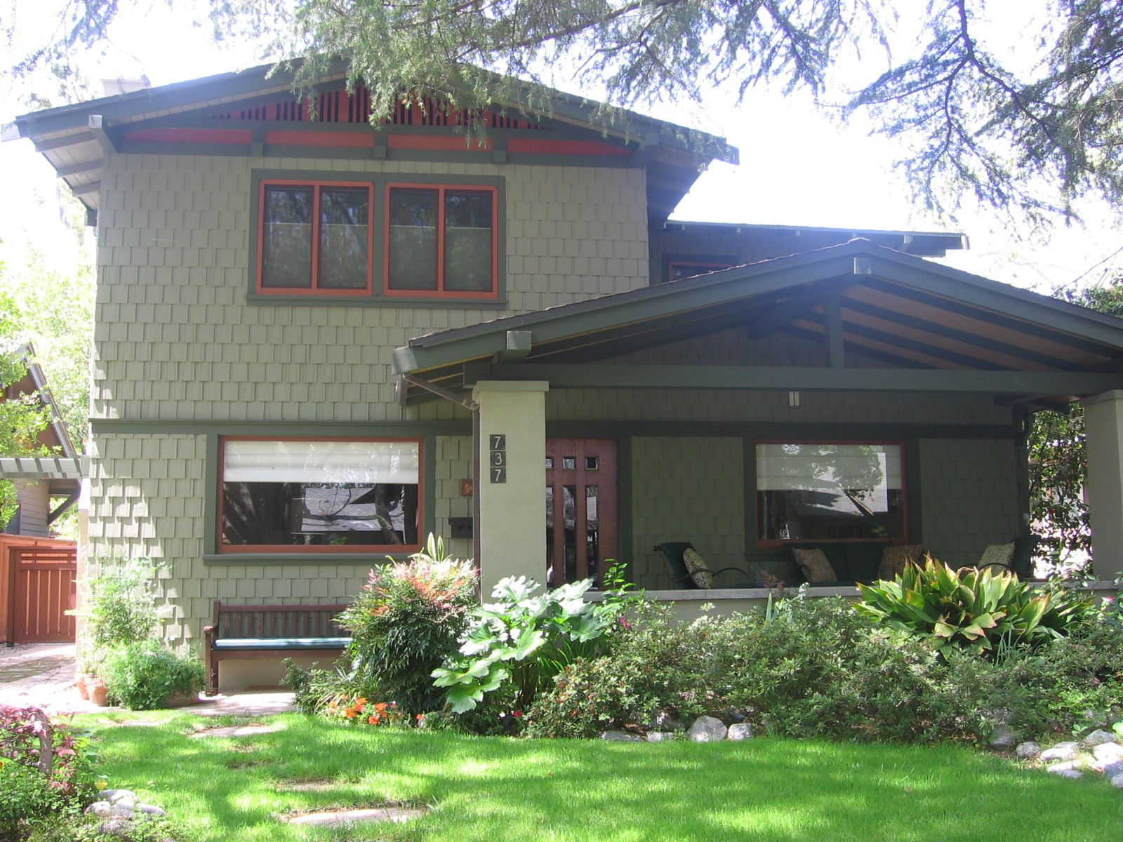 Bungalow Heaven Is A Collection Of Historic Homes In Pasadena The Were Primarily