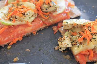 Pizza con tofu marinado. #Receta #vegana