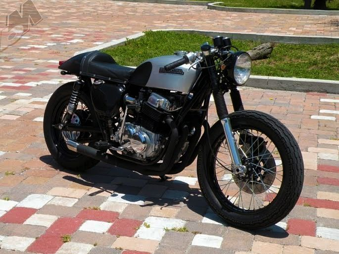 Clean Honda Cb750 Cafe Style