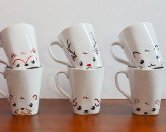 c est une tasse en c ramique blanche dot d un design mignon renard avec le visage d un renard. Black Bedroom Furniture Sets. Home Design Ideas