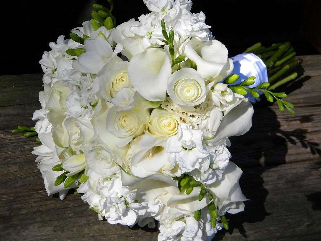 Flowers For A March Wedding March Is Such A Splendid Month For
