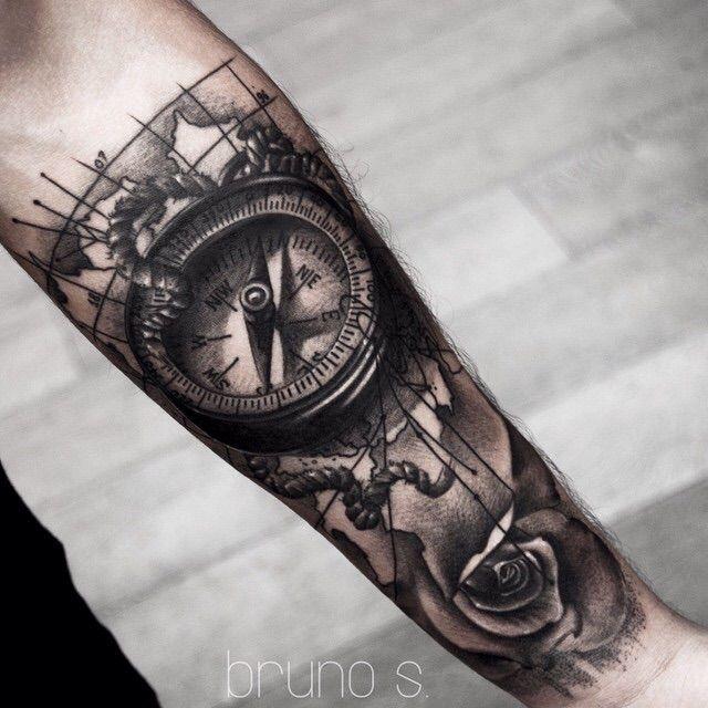 Tattoo b ssola tattoo pinterest b ssola bussolas e for Bussola tattoo significato