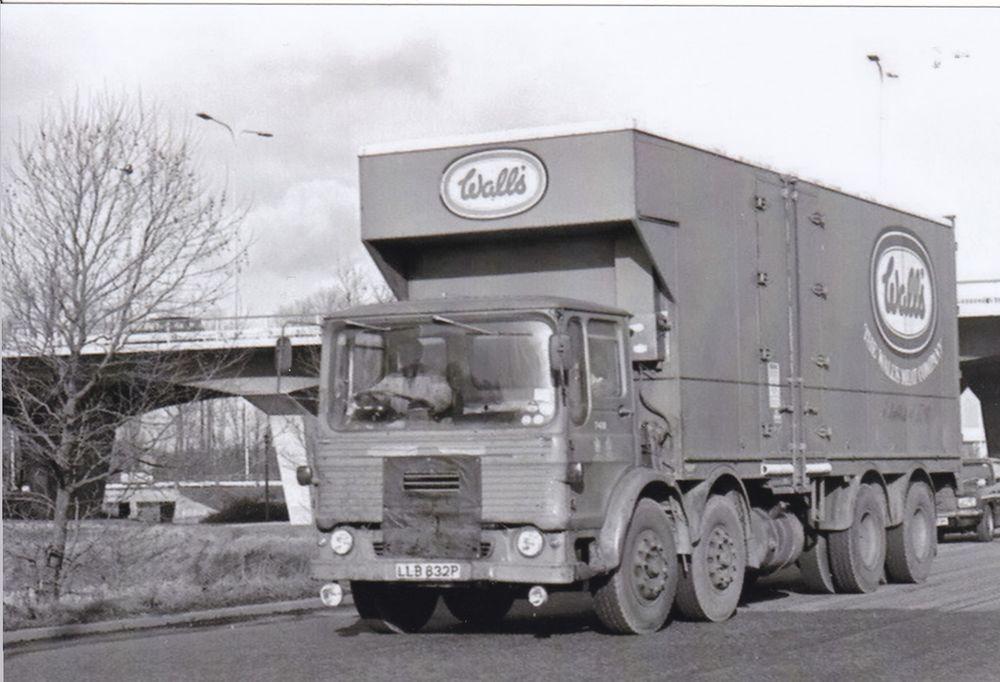 B W Photo Wall S Meat Aec Mammoth Major 8 Wheel Fridge Box Van