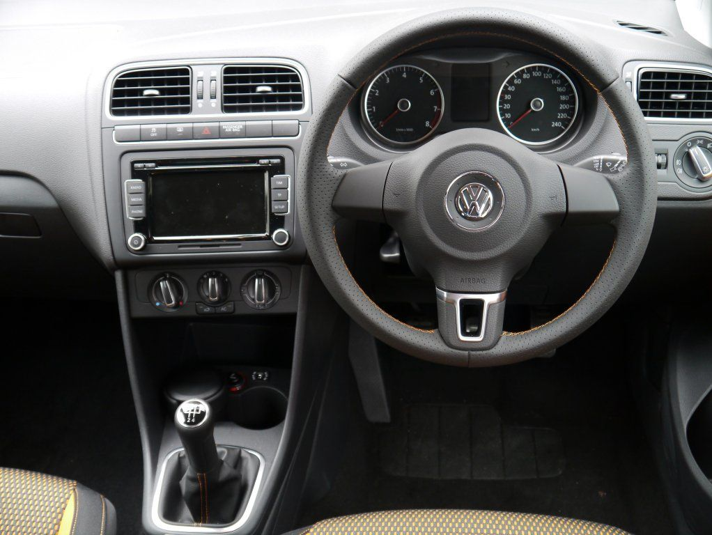 the interior of the volkswagen cross polo is functional looking 2012 volkswagen cross polo. Black Bedroom Furniture Sets. Home Design Ideas