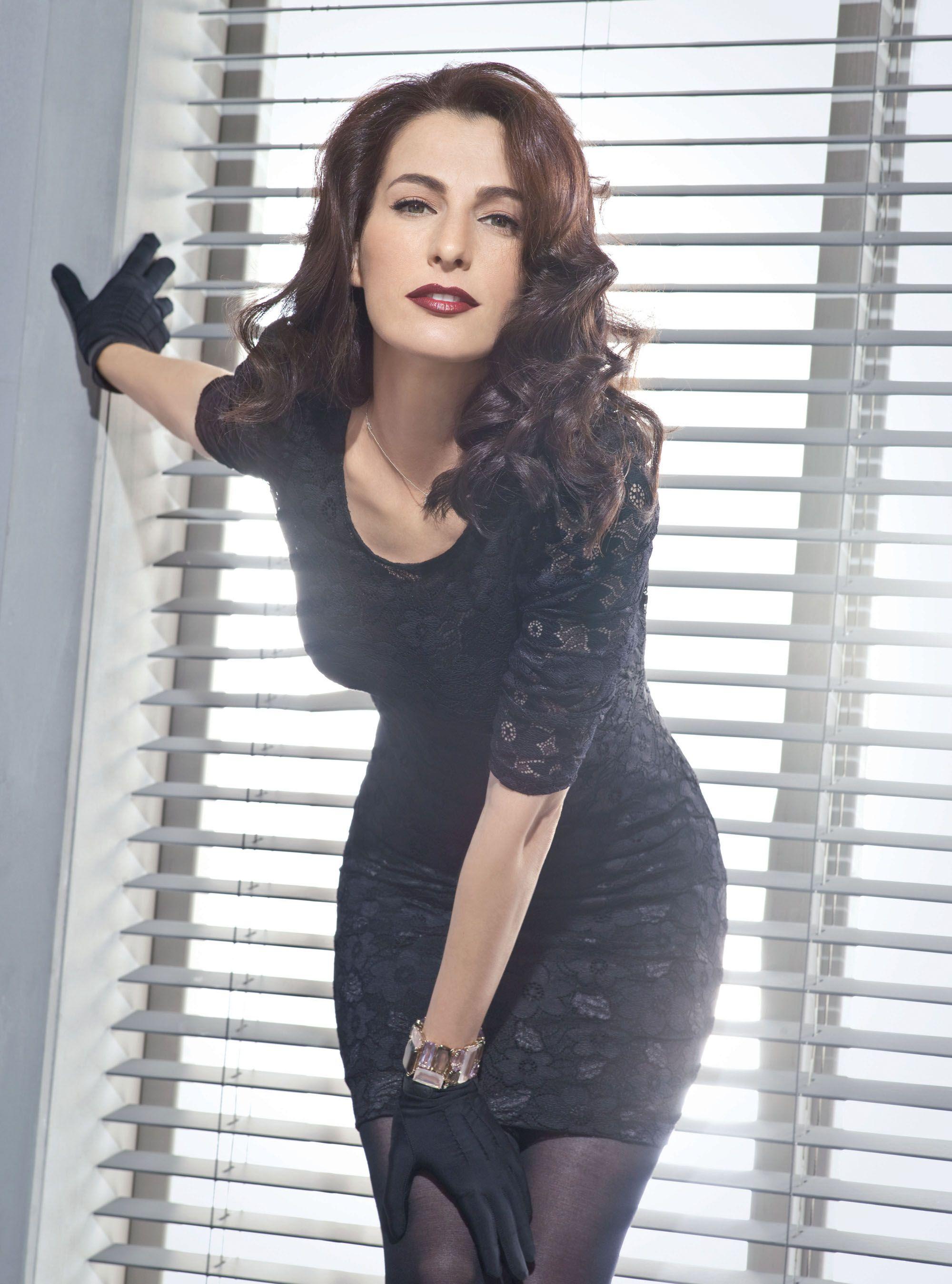 Ayelet Zurer   Elas!   Pinterest   Belleza, Divas e Hombres b0396f508d