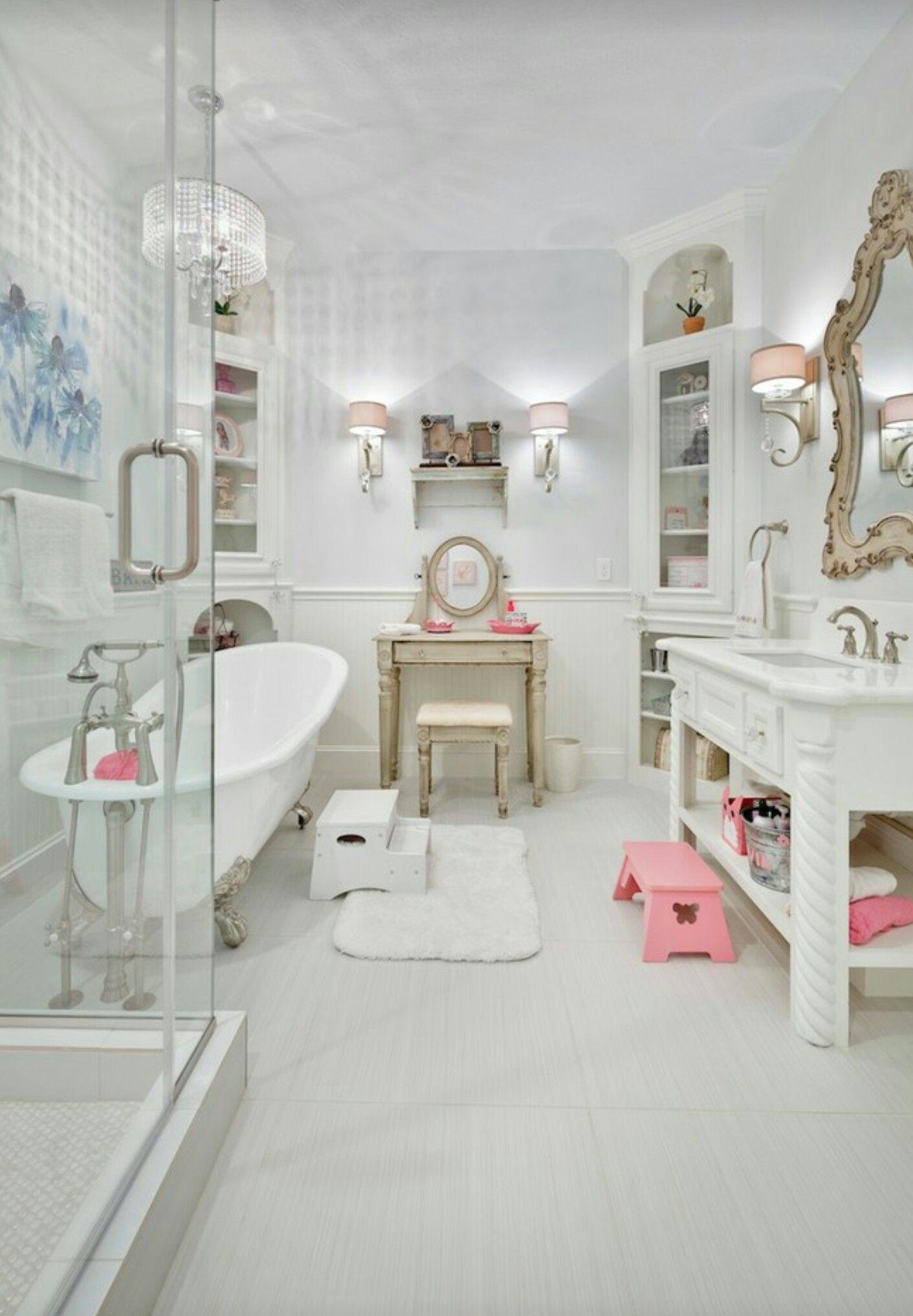 Pin by Bel Banho on kids bath | Pinterest | Vintage bathrooms and Bath