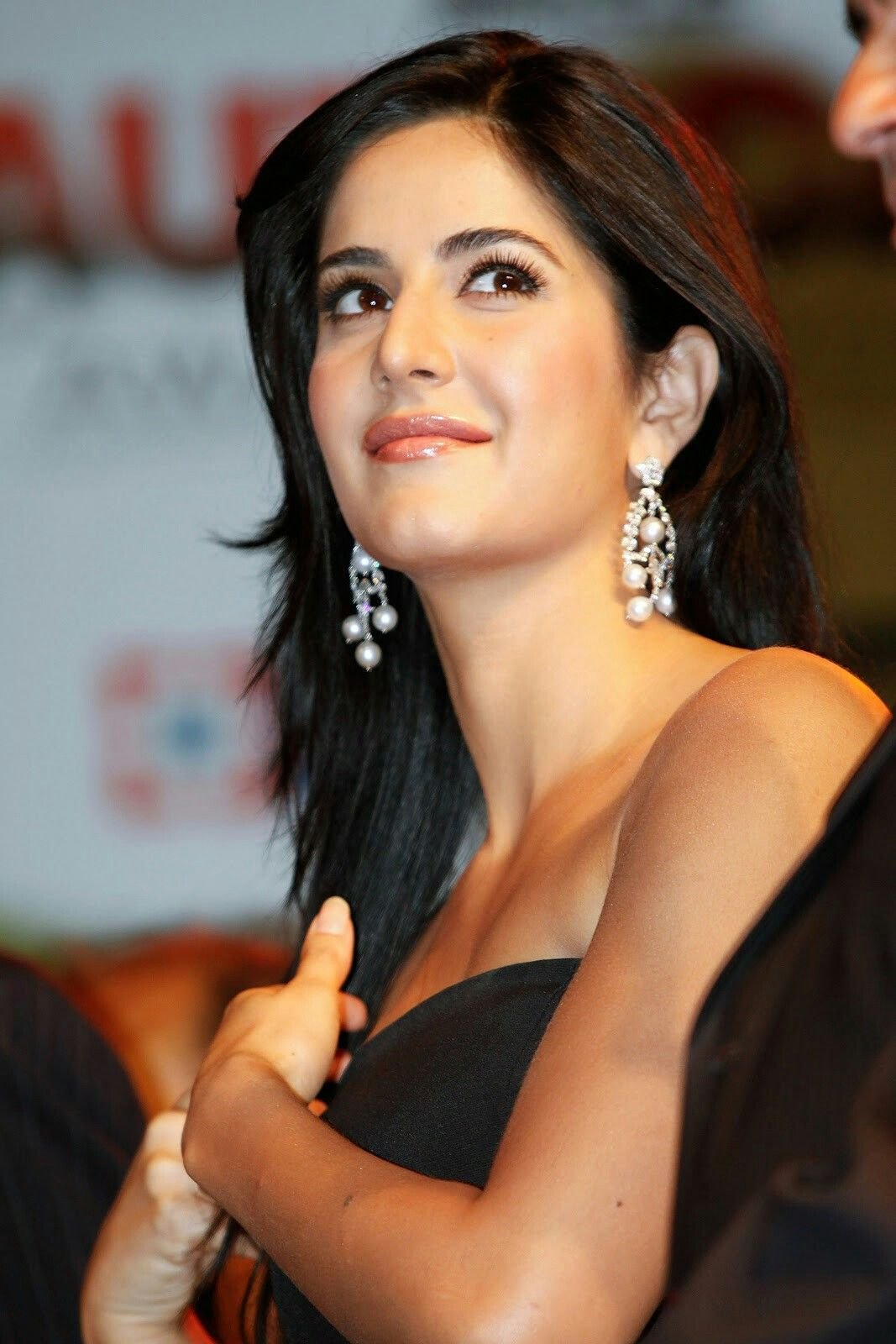 katrina kaif follow @archit3298 on twitter #beautiful #hot