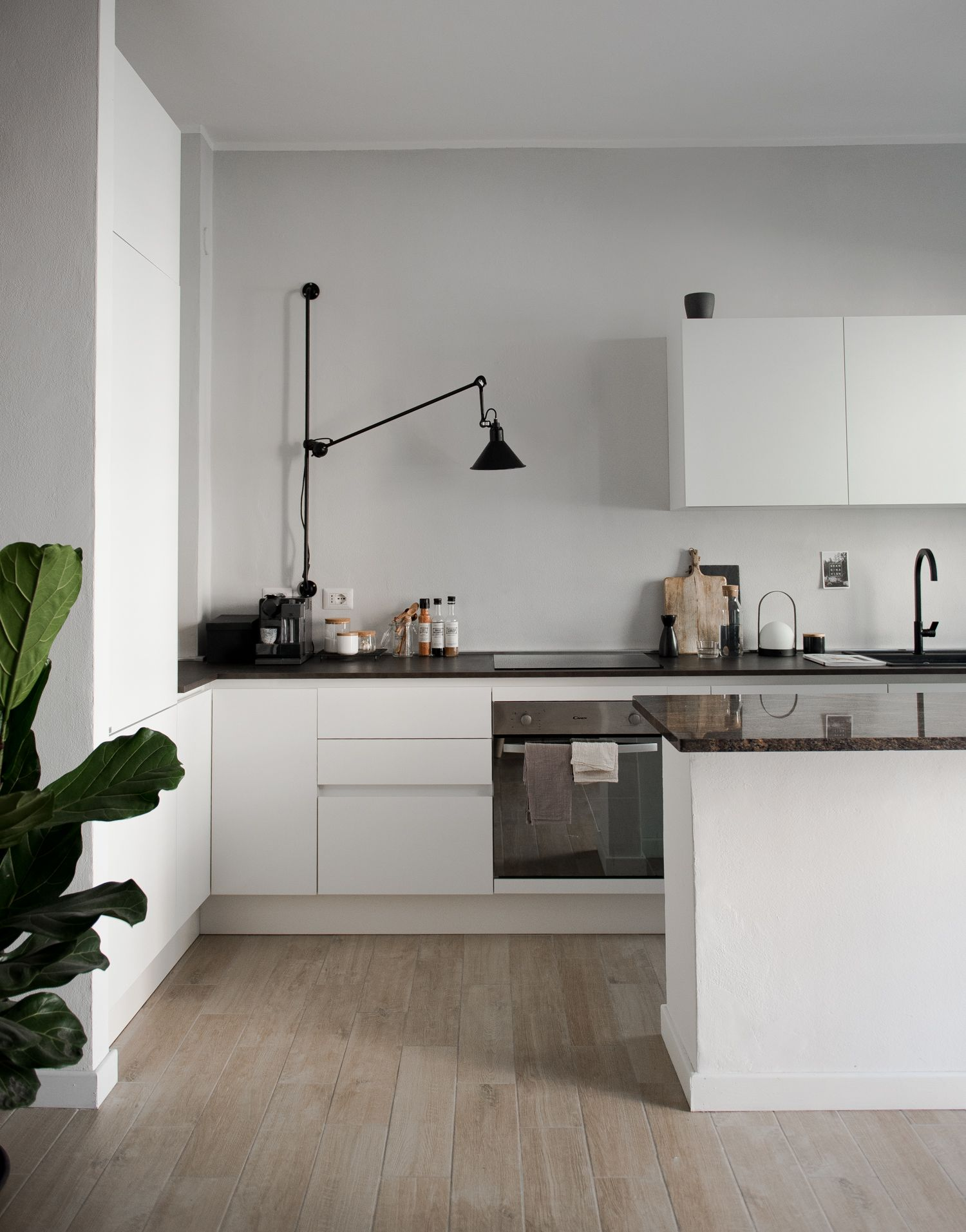 These Refreshing Minimalist Apartment Ideas Will Finally Get You to Declutter