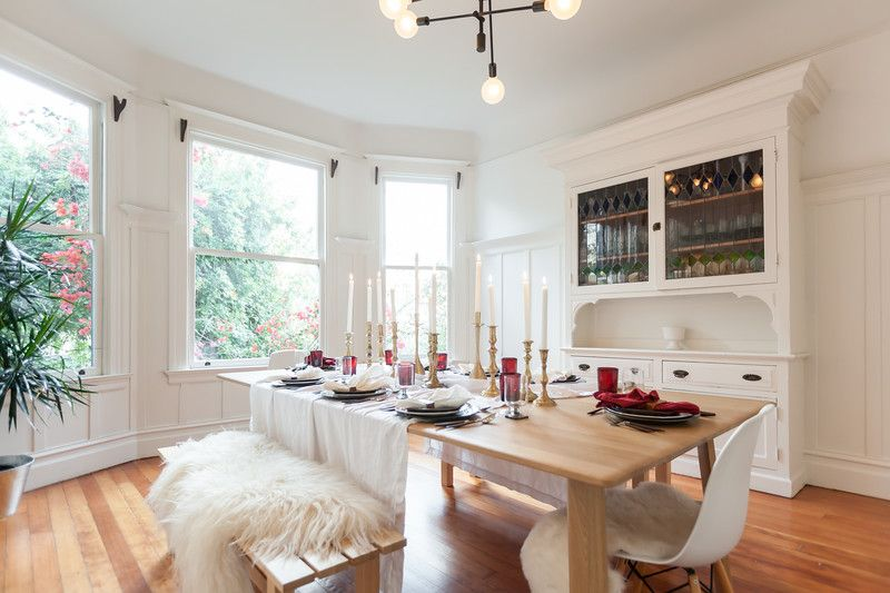 Welcome to House Calls, a recurring feature in which Curbed tours lovely, offbeat, or otherwise awesome homes in the Bay Area. Think your space should be featured next? Here's how...