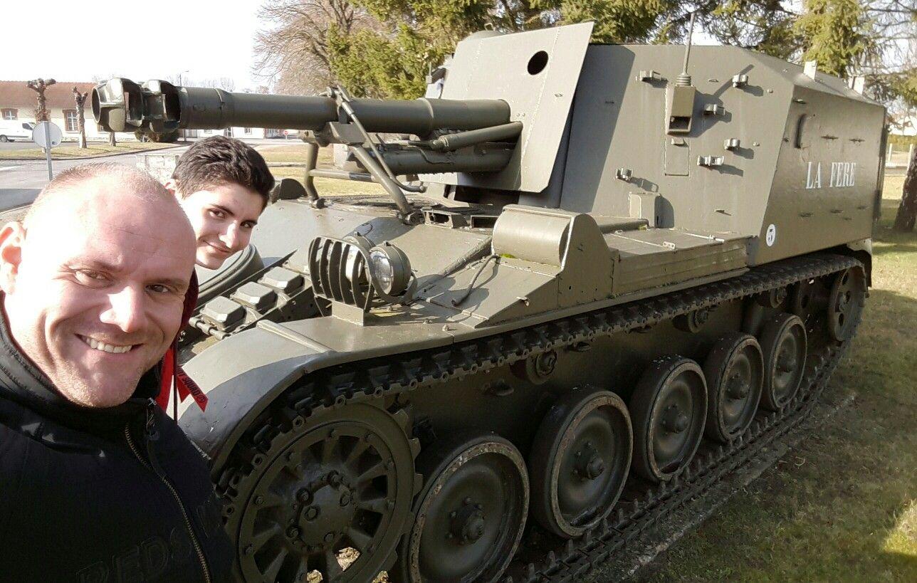 Journee Chez Les Camarades Remise De Fourragere Visite Decouverte Respect Cenzub Armeedeterre Army Respect Medal Amis Military Defense Soldat French