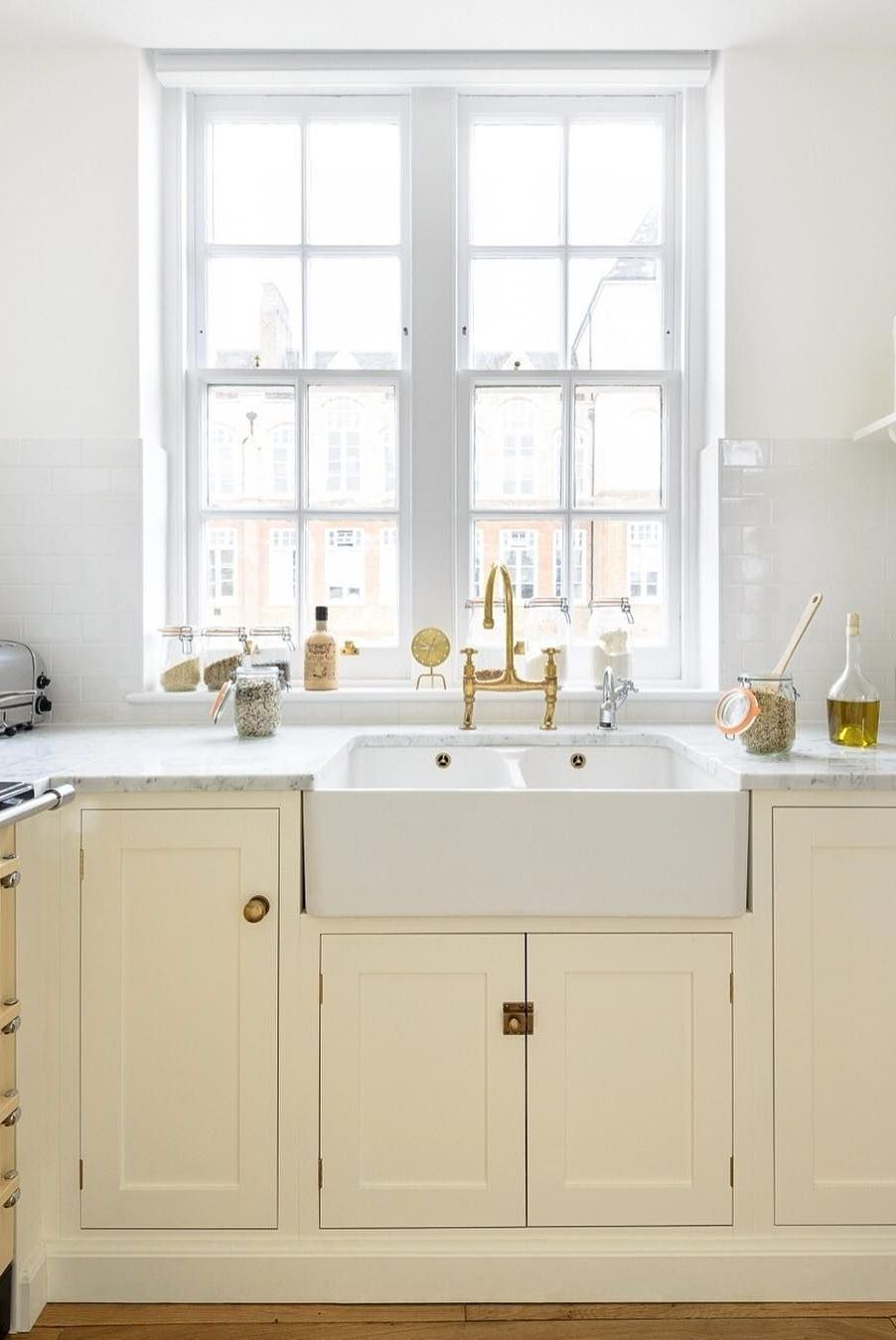 Best 50 Clever Small Kitchen Ideas To Steal Pastel Kitchen 400 x 300