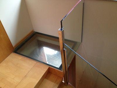 Escaleras de cristal y madera buscar con google - Escaleras de cristal y madera ...