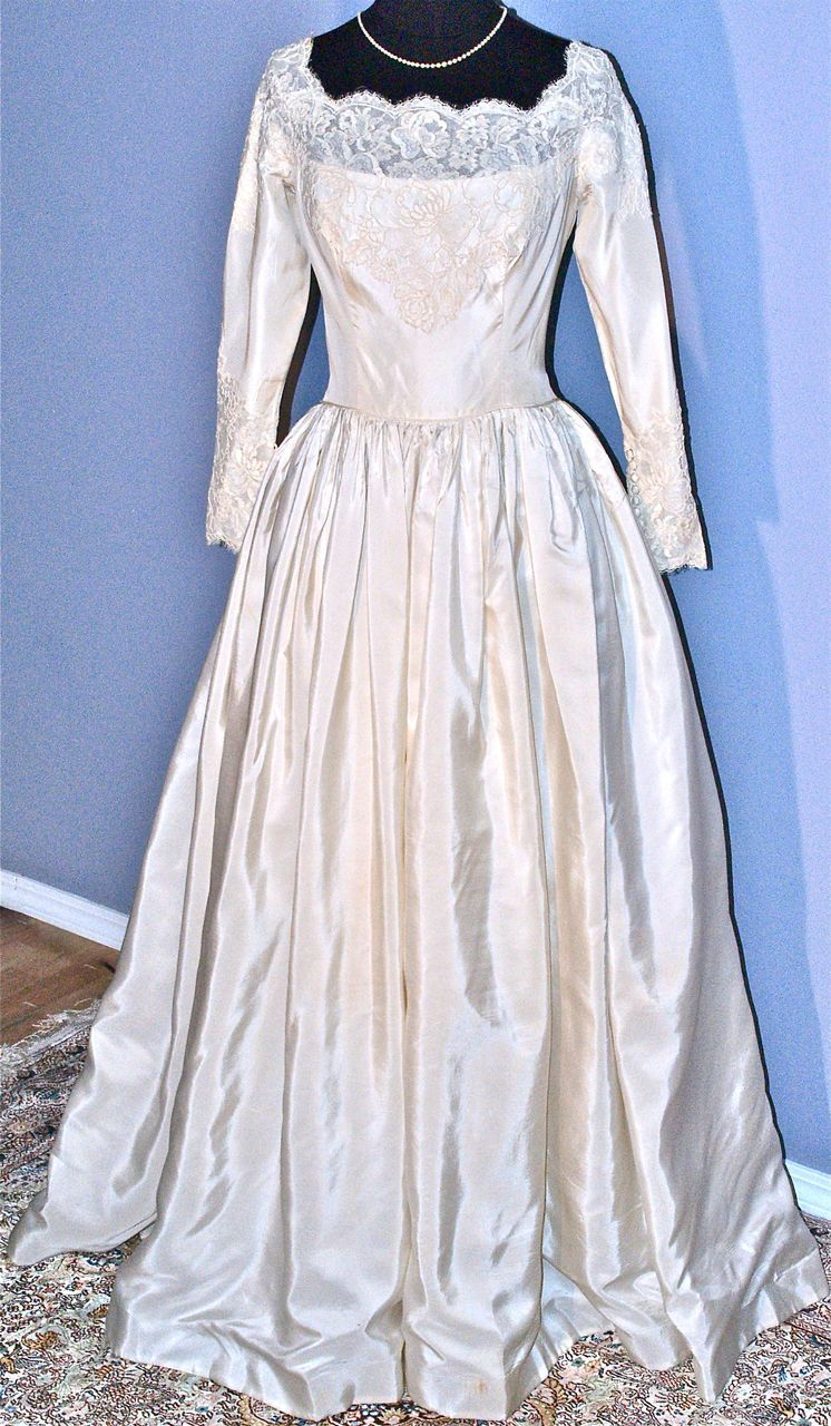WILLIAM CAHILL of Beverly Hills Vintage Wedding Gown | Beverly hills ...