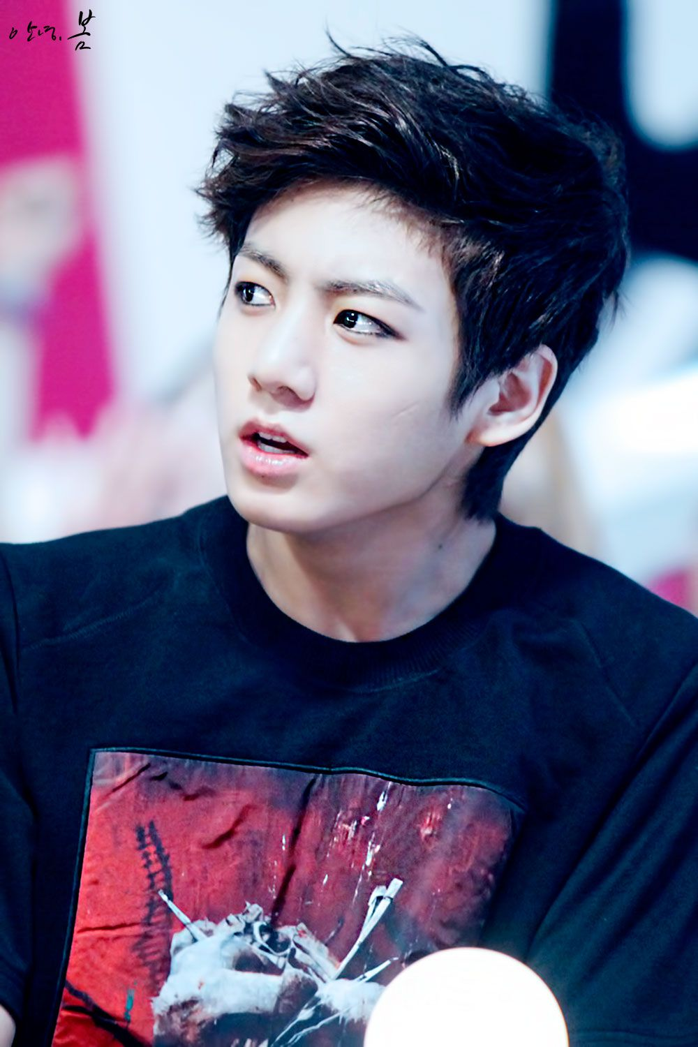 Is it just me or...... OMG KOOKIE WHO IN THE HELL GAVE YOU THAT SCRATCH ON YOUR CHEEK!!?