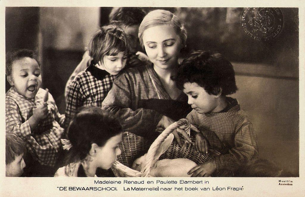 madeleine renaud and paulette  u00c9lambert in la maternelle