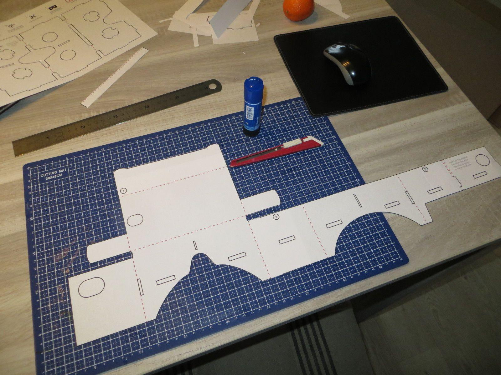 [ IMG] Cardboard vr headset, Computer lab, Vr headset