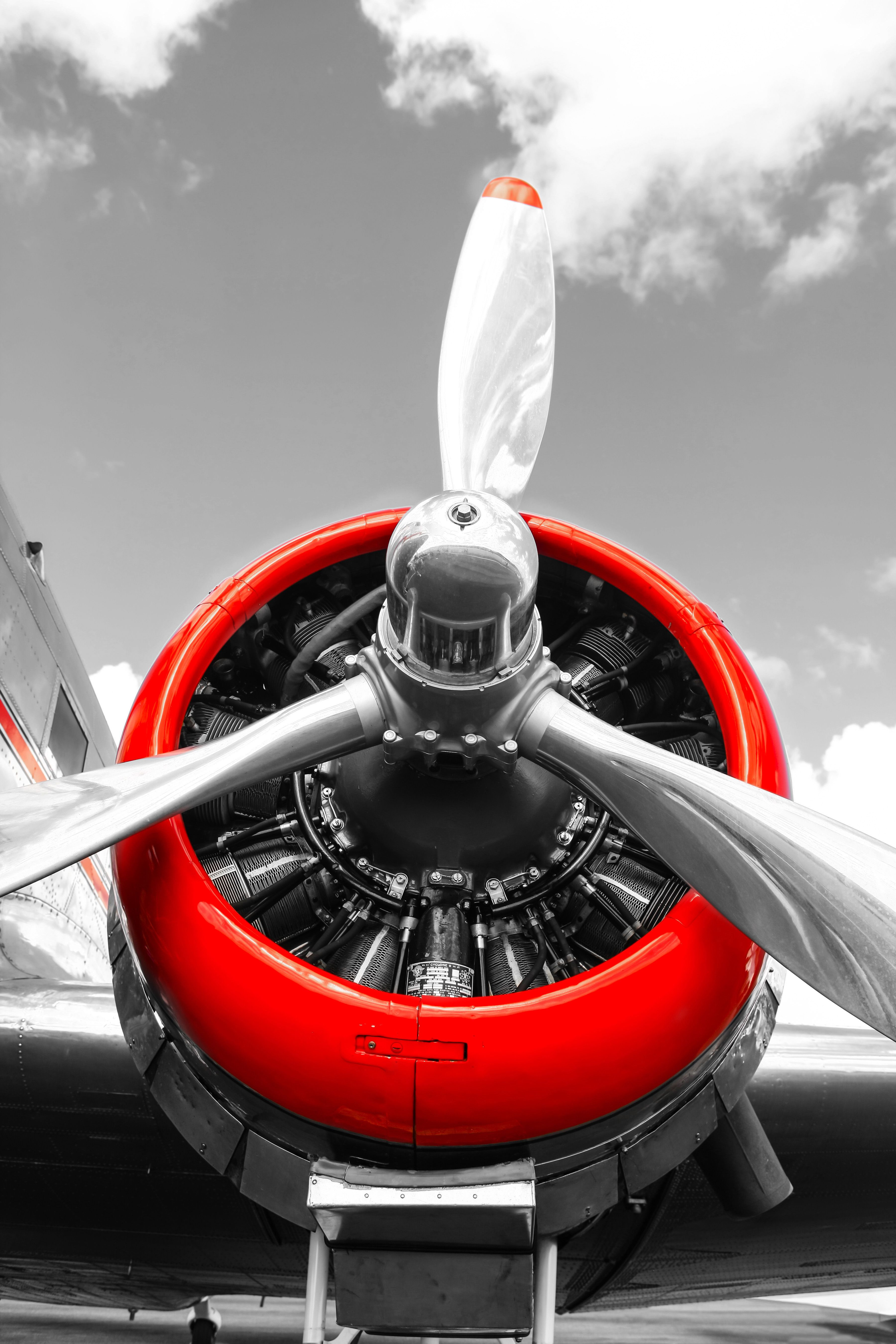 Red Cowled Dc3 Pratt Whitney Radial Engine Vintage Aviation Wall Decor Print By Csfotoimages Available At Www Etsy Vintage Aircraft Aircraft Radial Engine
