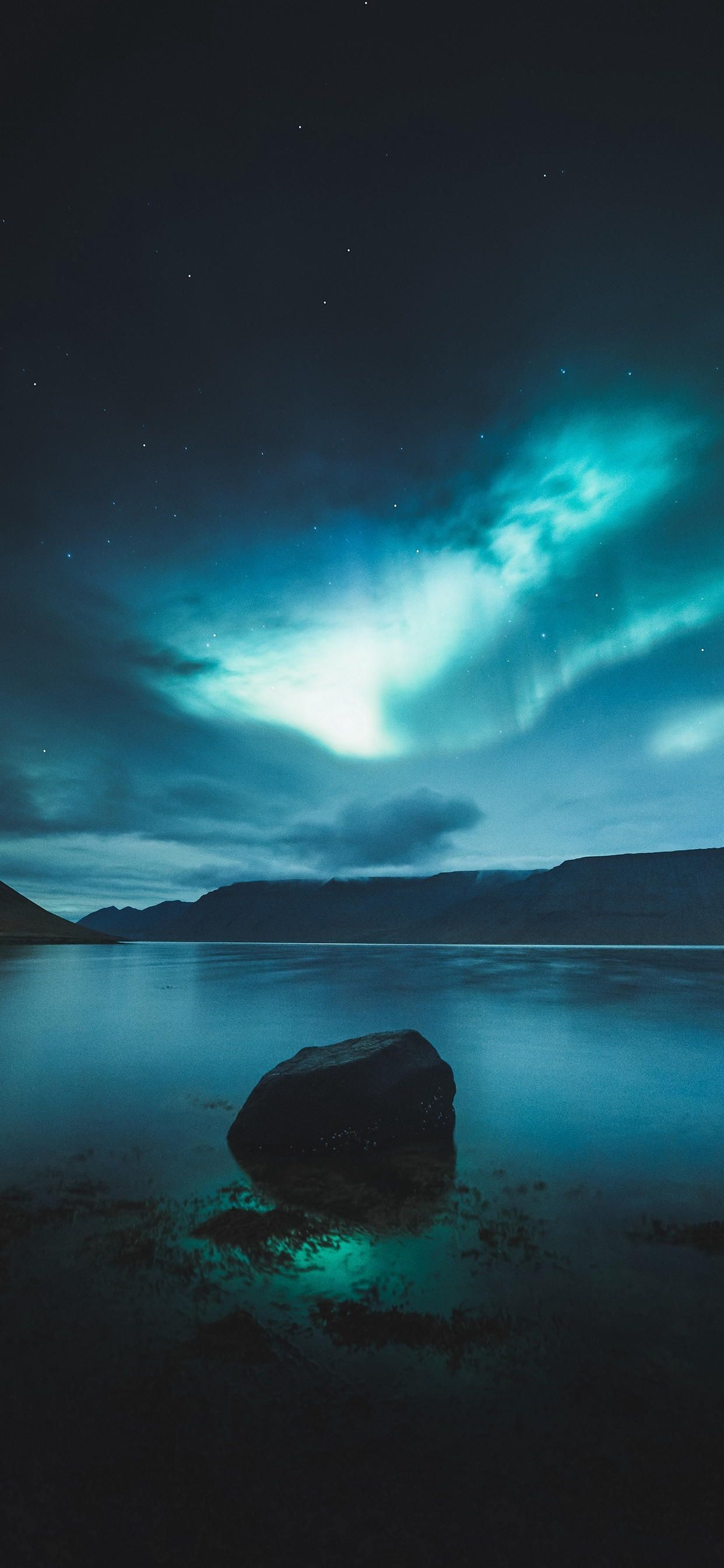 Iphone 11 Pro Max Hd Wallpapers Night Sky Wallpaper Northern Lights Wallpaper Iphone Night Skies