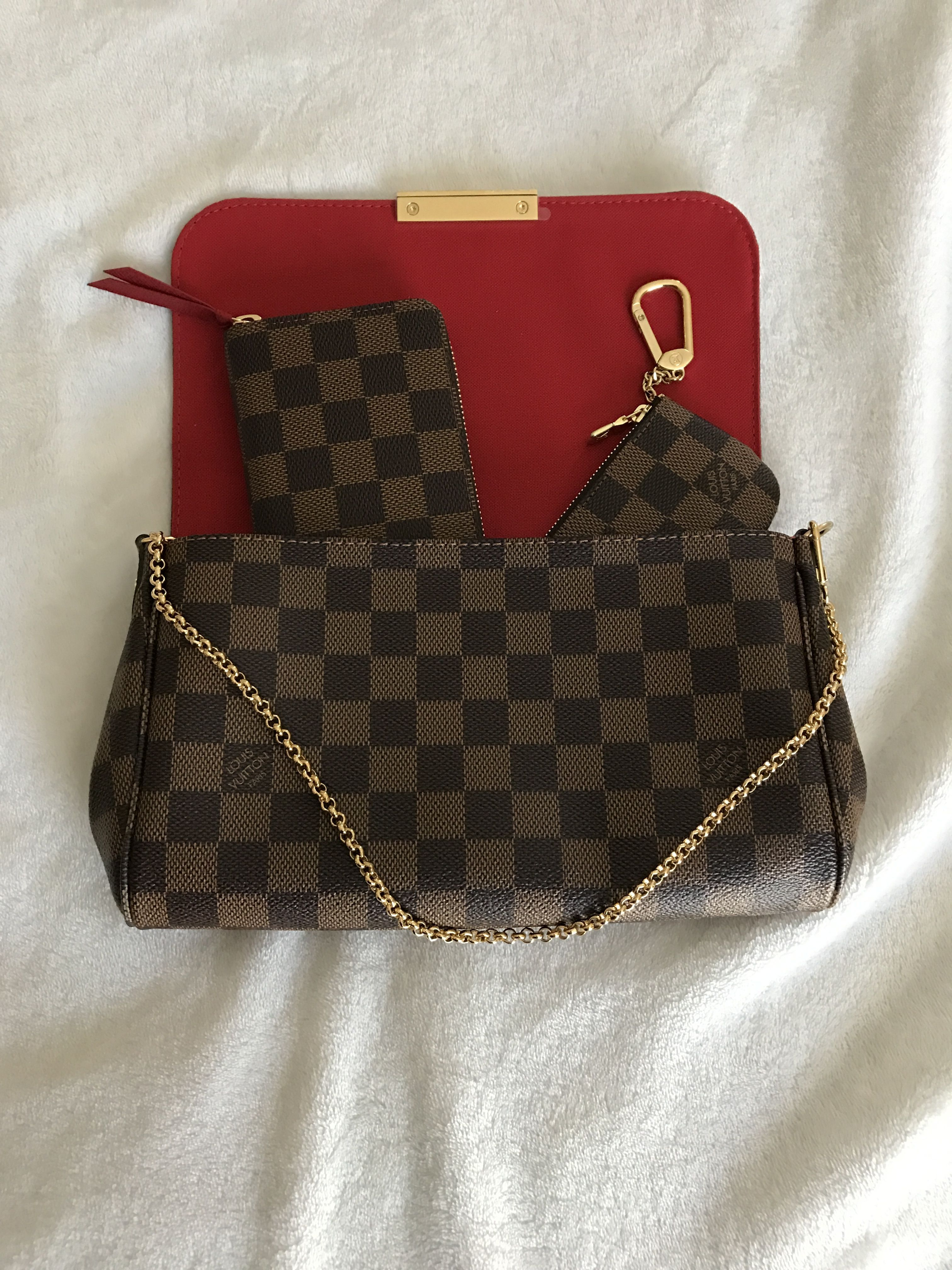 ea77af5a8f99 Louis Vuitton Favorite MM Damier Ebene with Clemence wallet and Cles ...
