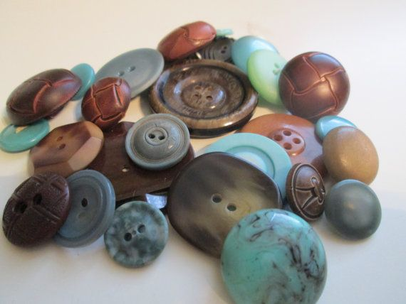 vintage buttons. Cottage chic lot of browns and by JessEBees, $6.95
