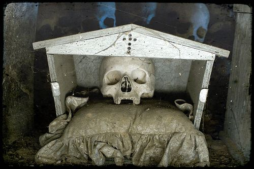 Fontanelle Cemetery by Vincenzo Pagliuca #ossuary #italy #skull #naples