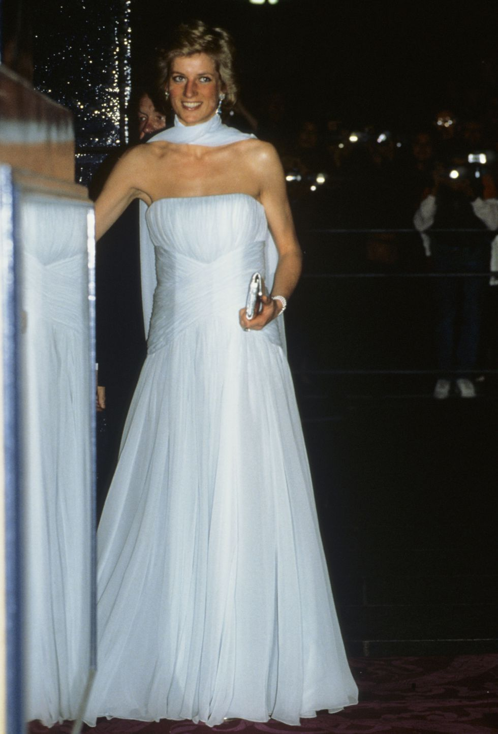 Princess Diana\'s 27 Best Style Moments | Chiffon dress, Diana and ...