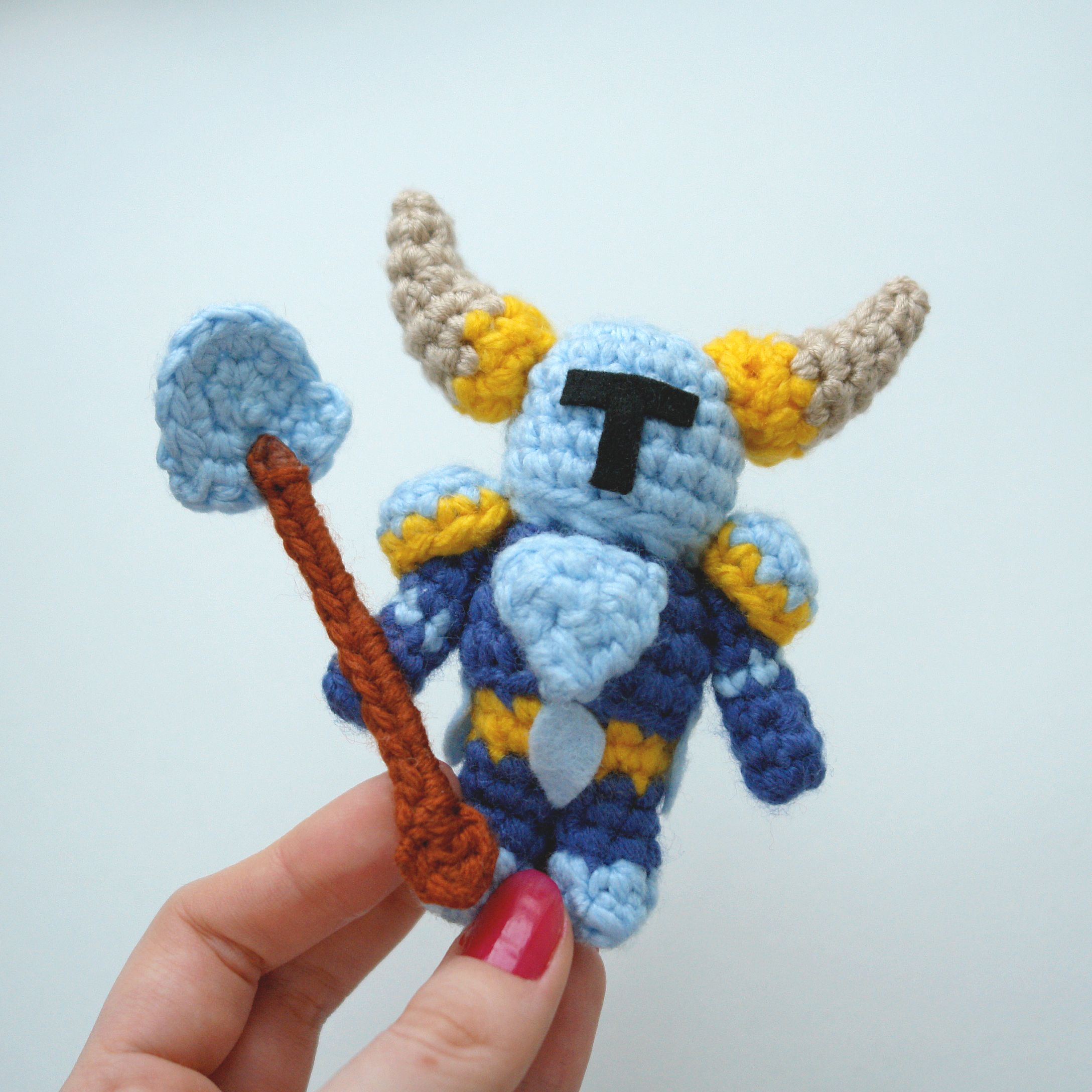 Free pattern for Shovel Knight by tinyAlchemy on Craftsy ...