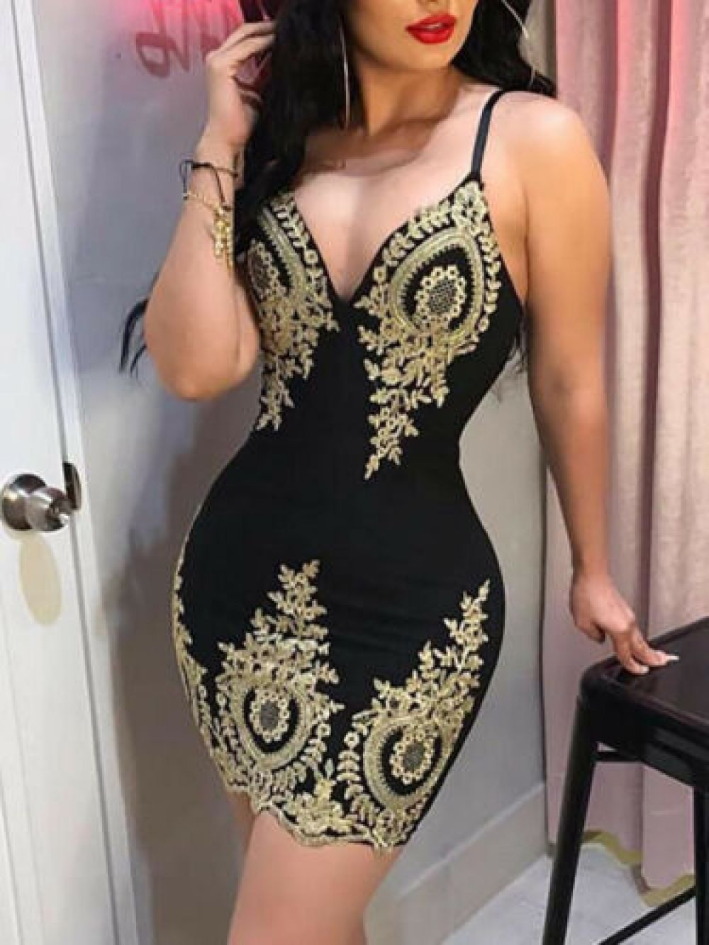 Women V-Neck Lace Bodycon Dress Sleeveless Evening Party Short Mini Slim Dress