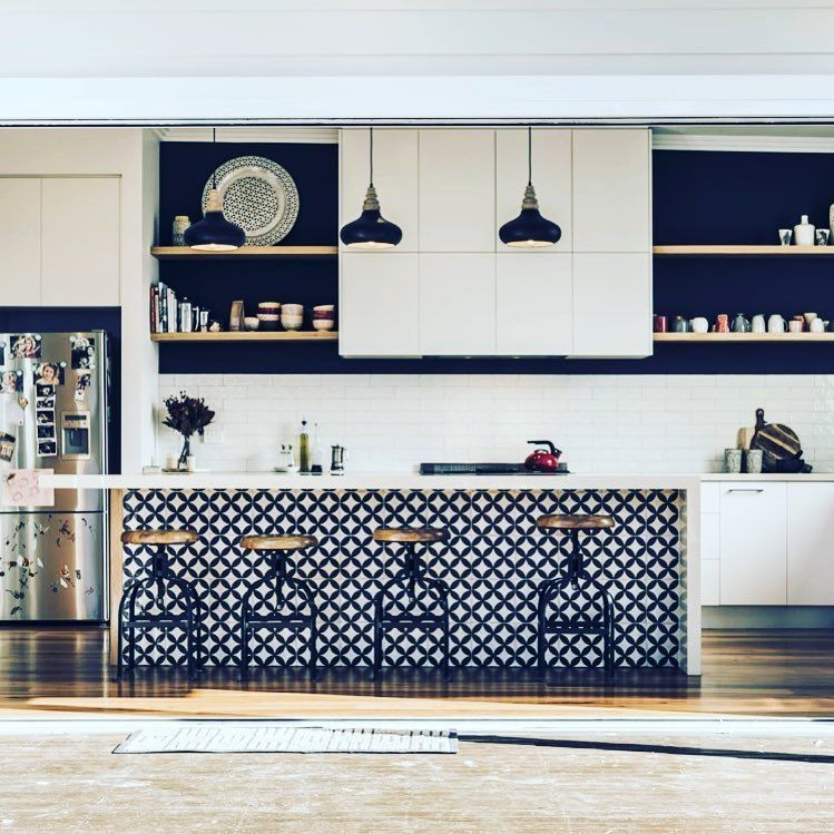 Nice Feature Tile On The Island Bench With A Fresh Looking Subway Tile Splashback Love Seeing Ou Kitchen Island Bench Kitchen Tile Inspiration Kitchen Benches
