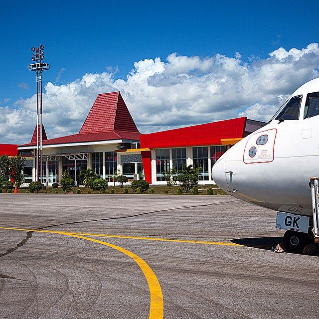 Sumba has got its new airport this year. After installing the lights along the runway and opening the customs next year the airport will be able to accept late evening flights and international flights. Sumba is opening itself to tourism.