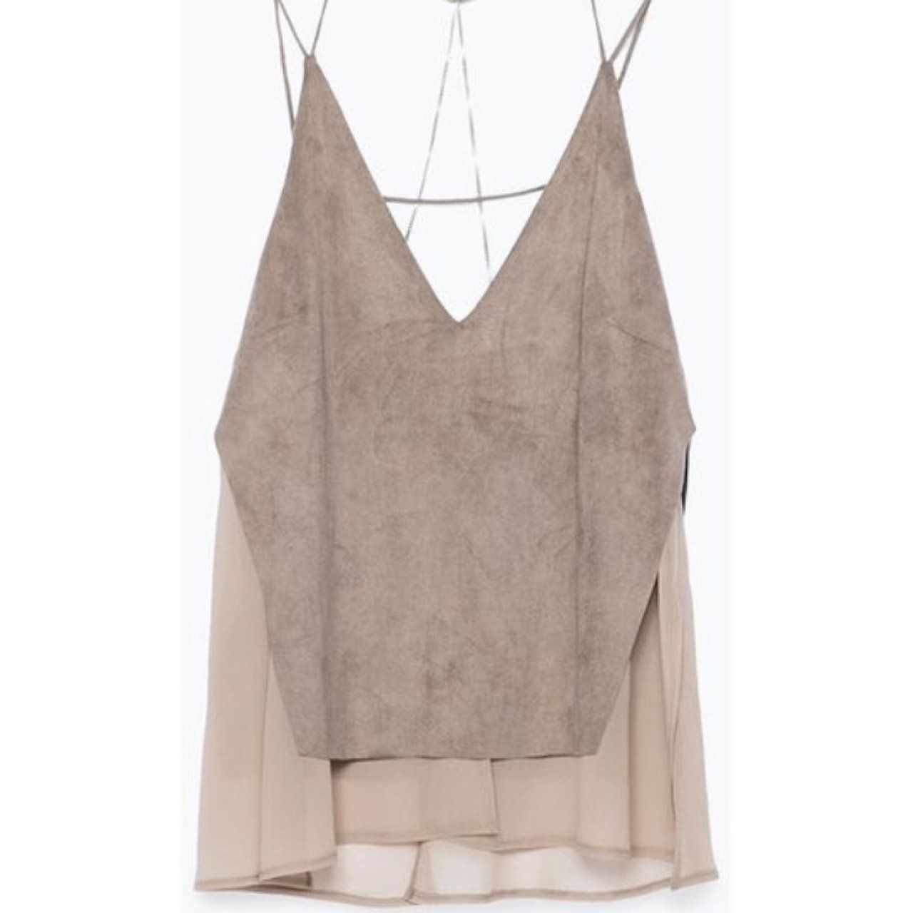 Gorgeous suede Zara top. Chain detail back. #zara #suede #chains #top #nightout #dinnerdate #backless #elegant #