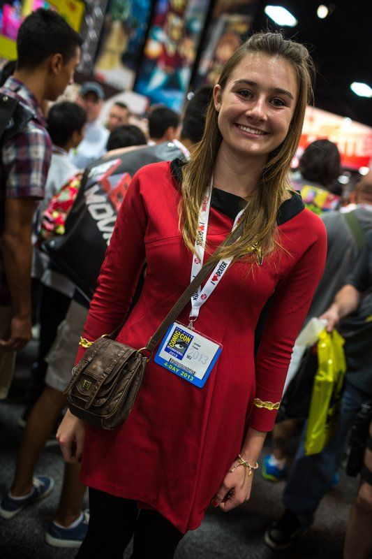 Cute Red Shirt at SDCC 2013 by Tested.com