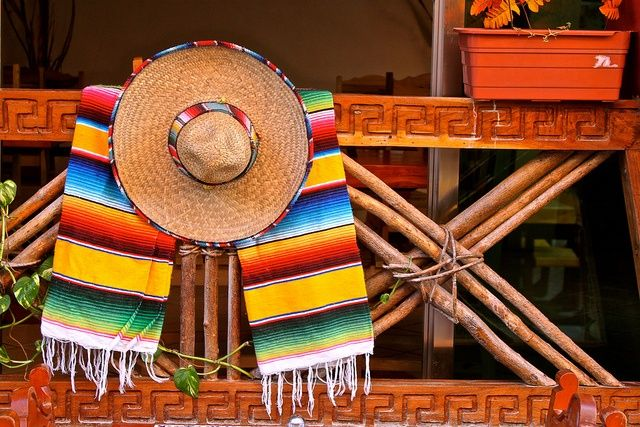 Zarape y sombrero  c1d1cc21751