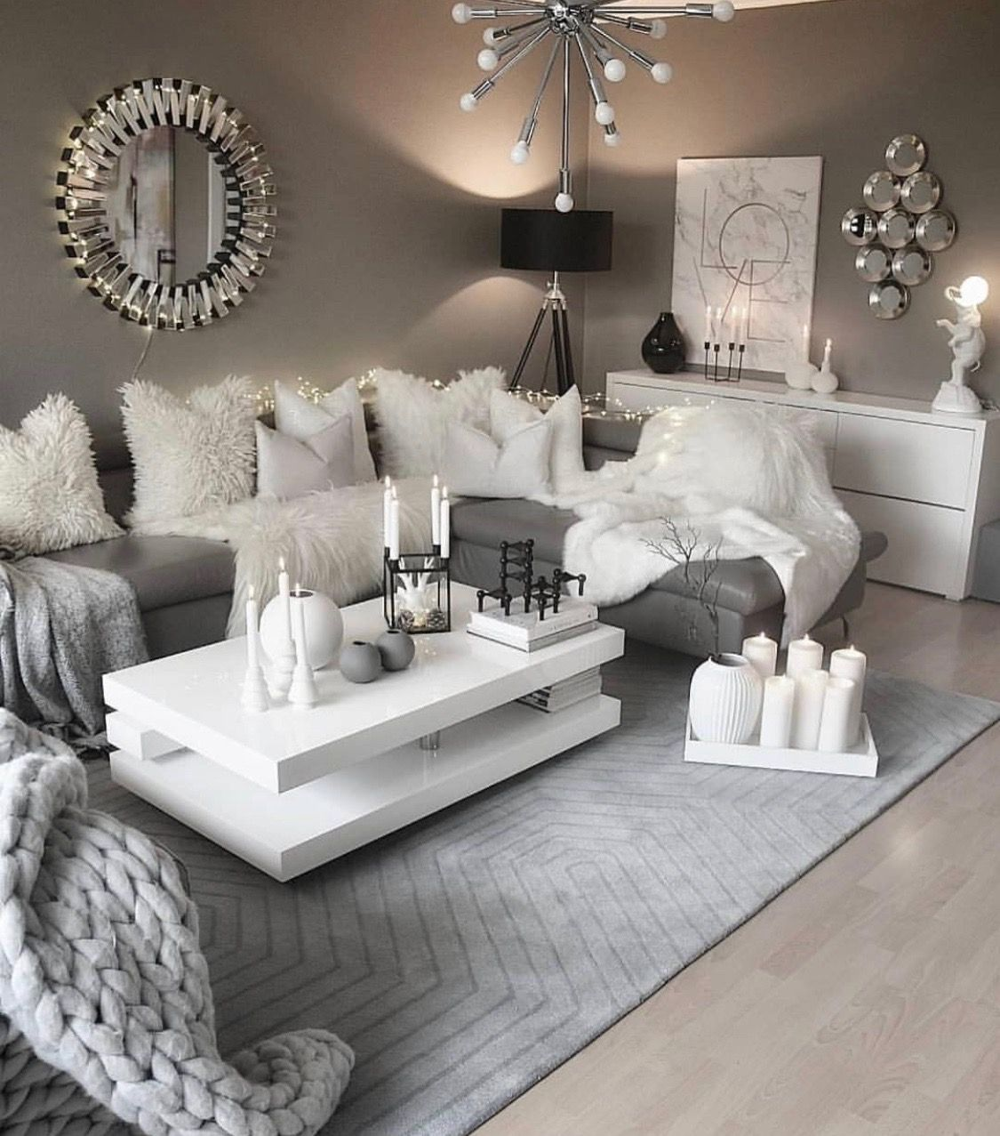 Pin by Lily germanotta on Design ♥️  Living room decor