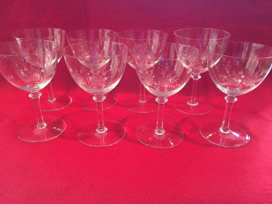 Set Of 8 Vintage Etched Wine Glasses Art Deco Modernist Etsy Etched Wine Glasses Wine Glasses Stemware