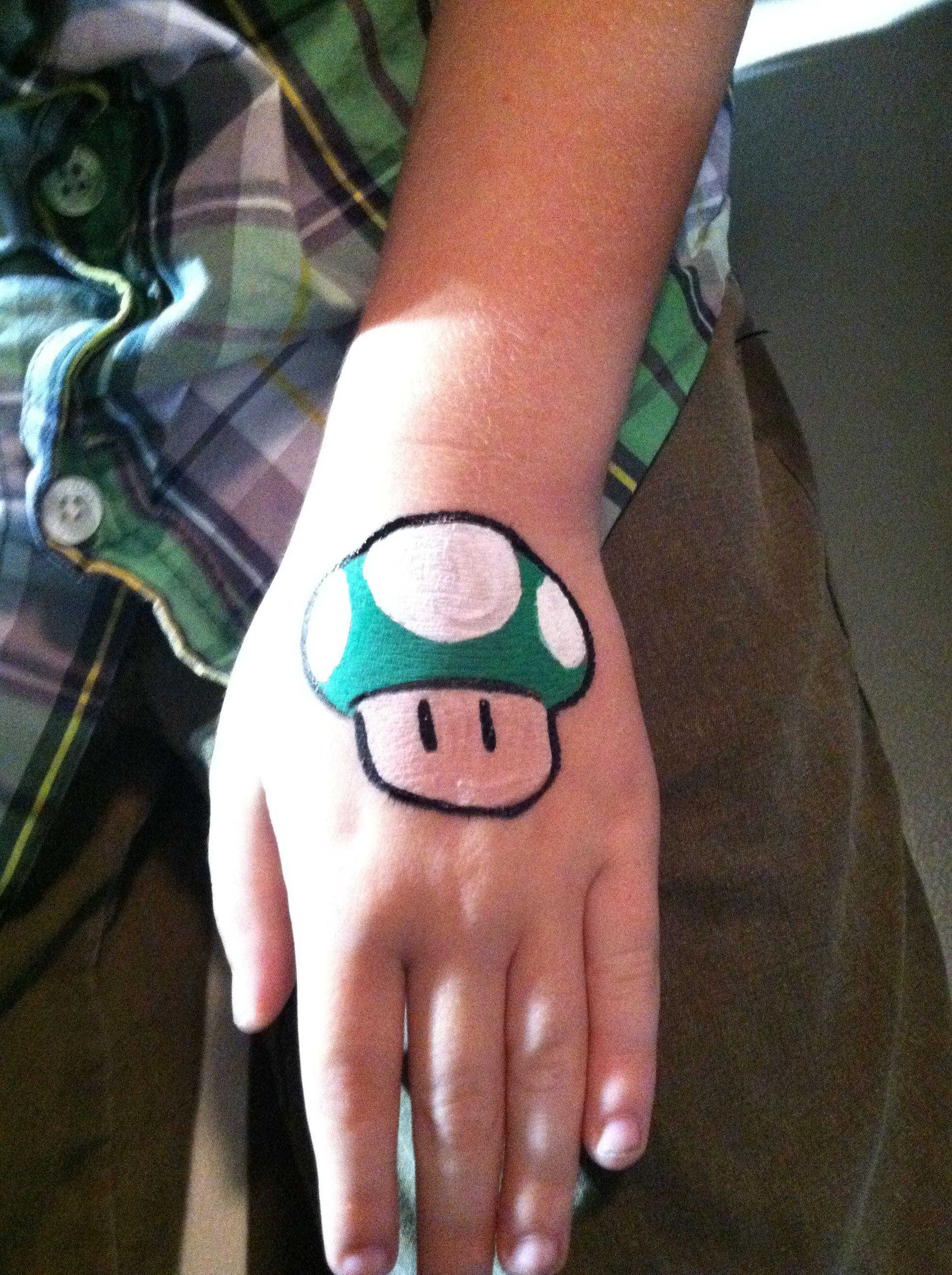 Super Mario 1up extra life mushroom.    #facepainting