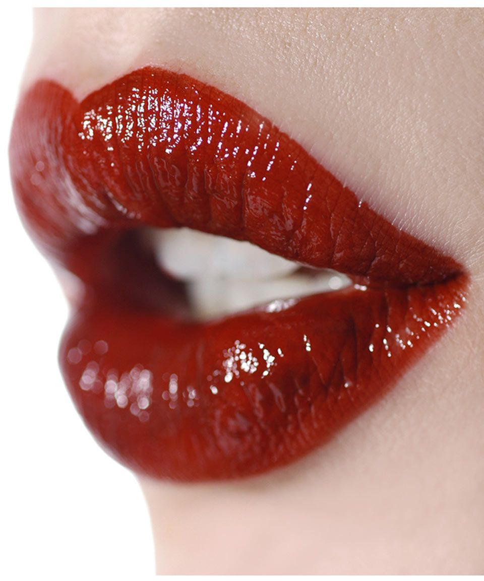 Milky Lips In Blood Red L201 Ellis Faas Made To Mimic Blood So