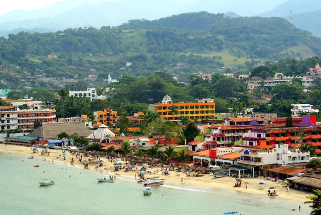 Rincon de Guayabitos with its one kilometre long beach and bright tourist accommodations