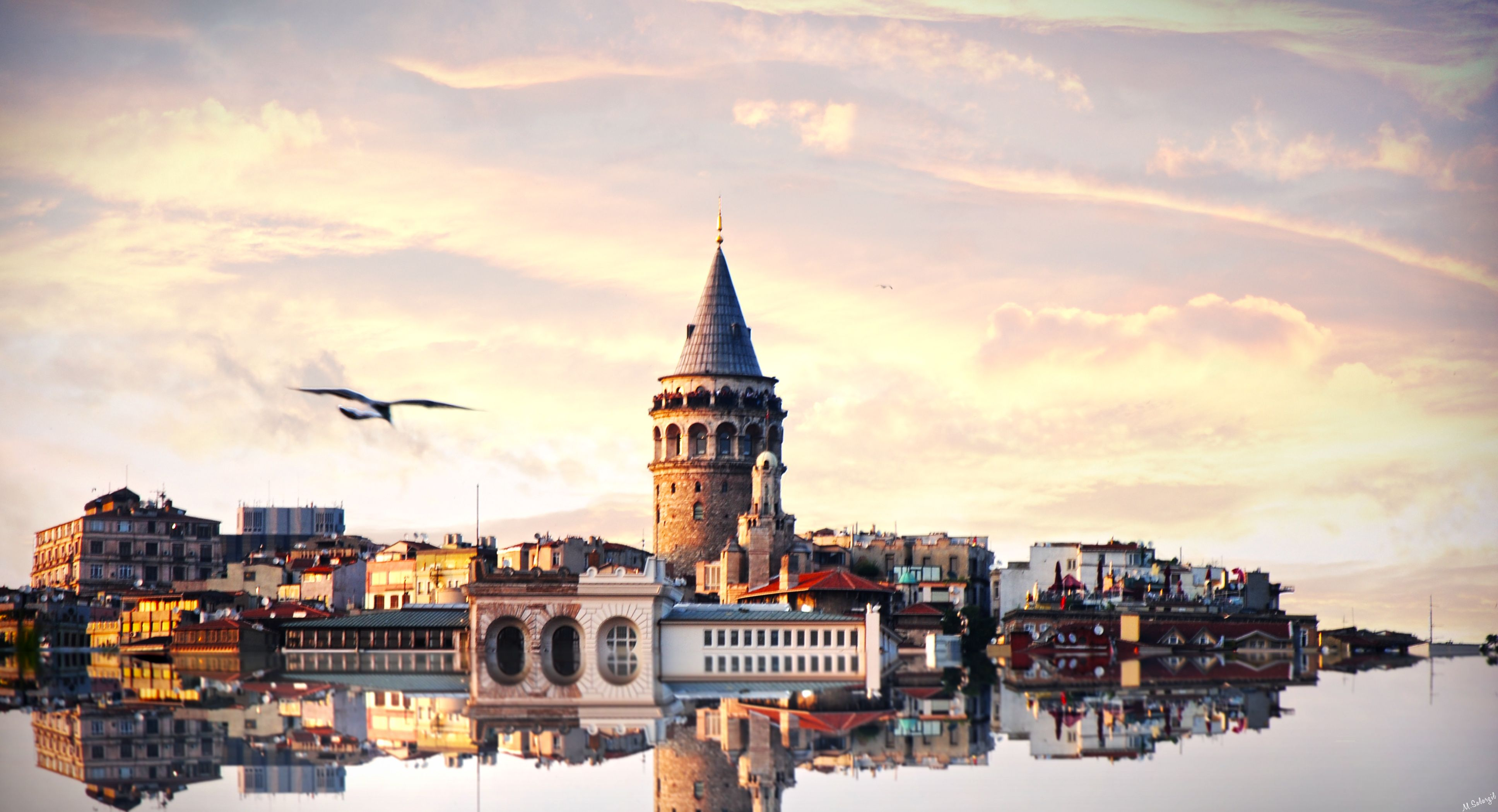 No Spoilers If You Haven T Read This Book Yet I Advise You Do I M Sure This Post Will Trigger You To Bests Istanbul Travel Guide Istanbul Travel Istanbul