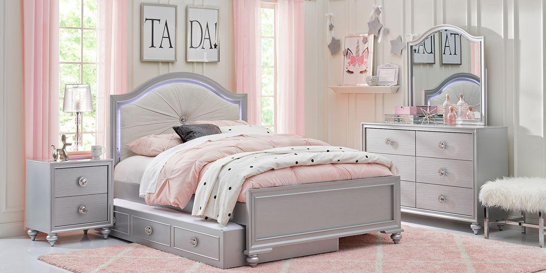 Evangeline Silver 4 Pc Full Panel Bedroom Rooms To Go Girls